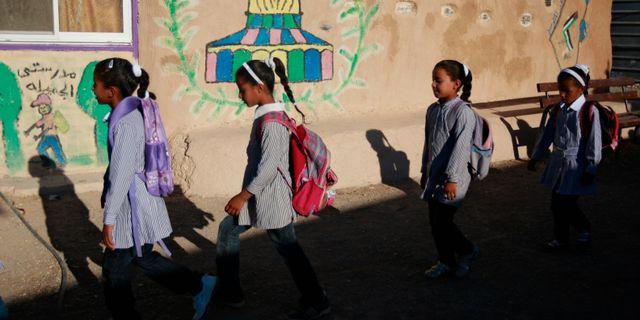 Skolbarn i Khan al-Ahmar. Majdi Mohammed / TT / NTB Scanpix