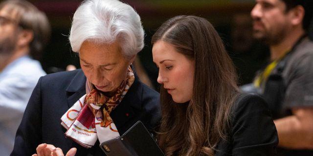 Christine Lagarde och Finlands Sanna Marin.  Olivier Matthys / TT NYHETSBYRÅN