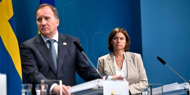 Statsminister Stefan Löfven (S), vice statsminister Isabella Lövin (MP). ALI LORESTANI/TT / TT NYHETSBYRÅN