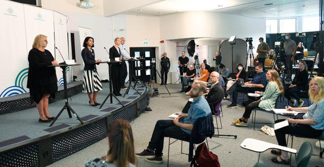 Myndigheternas presskonferens om corona. Ali Lorestani/TT / TT NYHETSBYRÅN