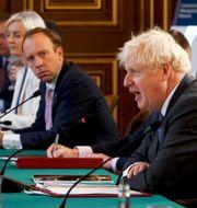 Matt Hancock och Boris Johnson. Arkivbild. Jonathan Buckmaster / TT NYHETSBYRÅN