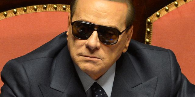 Berlusconi domd till fyra ar men slipper fangelse