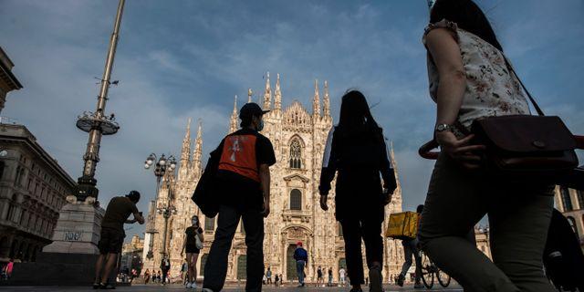Illustrationsbild: Folkliv i centrala Milano efter lättade restriktioner. Luca Bruno / TT NYHETSBYRÅN