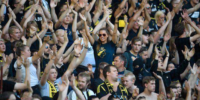 AIK-supportrar på Tele2 Arena. Anders Wiklund/TT / TT NYHETSBYRÅN