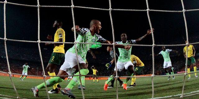 Nigeria firar sitt avgörande mål. AMR ABDALLAH DALSH / BILDBYRÅN