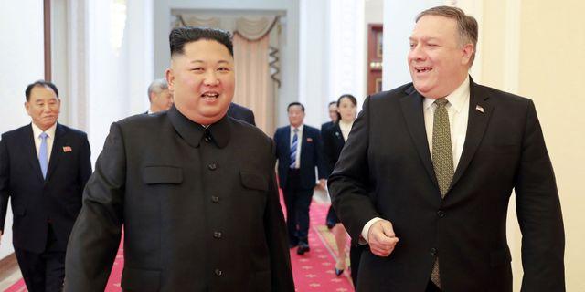 Kim Jong-Un träffar Mike Pompeo. KCNA VIA KNS / KCNA VIA KNS