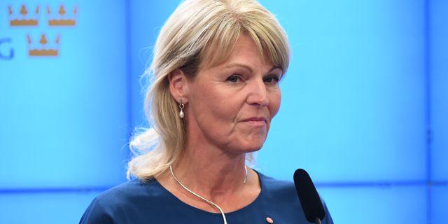 Anna Hallberg på dagens pressträff. Jonas Ekströmer/TT / TT NYHETSBYRÅN