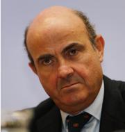 Andreas Vosskuhle, ordförande i tyska författningsdomstolen, och ECB:s vice-chef Luis de Guindos.  AP