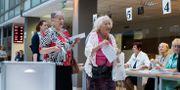 Kvinnor röstar i Litauens presidentval som anordnas samma vecka som EU-valet Mindaugas Kulbis / TT NYHETSBYRÅN/ NTB Scanpix
