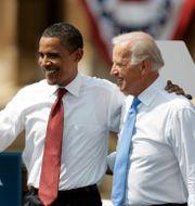 Barack Obama och Joe Biden under valrörelsen 2008 Jeff Roberson / TT NYHETSBYRÅN