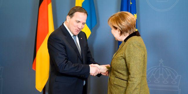 Stefan Löfven och Angela Merkel vid ett tidigare möte i januari 2017.  Henrik Montgomery/TT / TT NYHETSBYRÅN