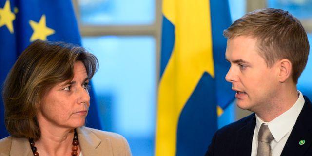 Miljöpartiets språkrör Isabella Lövin och Gustav Fridolin. Arkivbild. Henrik Montgomery/TT / TT NYHETSBYRÅN
