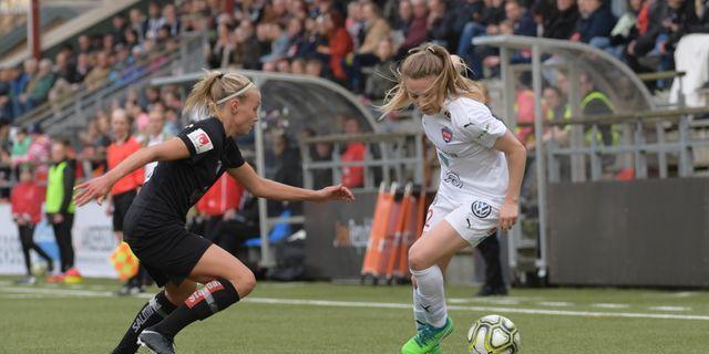 Göteborgs Emma Koivisto och Rosengårds Fiona Brown. Johan Nilsson/TT / TT NYHETSBYRÅN
