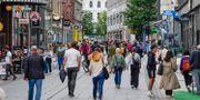 Turister och shoppare på Torggata i Oslo Lise Åserud / TT NYHETSBYRÅN