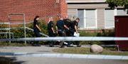 Polis i Örebro efter skjutningen. PAVEL KOUBEK/TT / TT NYHETSBYRÅN