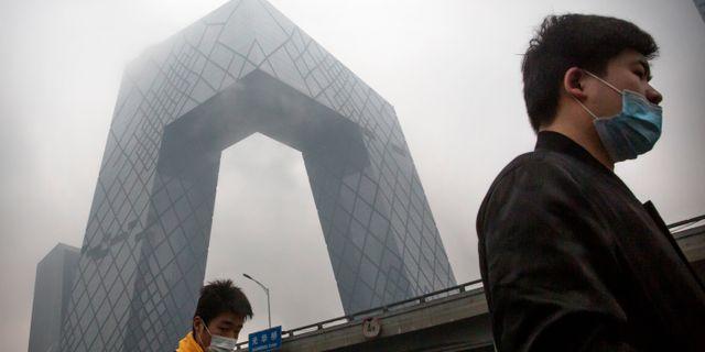 Tv-bolaget CCTV:s huvudkontor i Peking. Mark Schiefelbein / TT NYHETSBYRÅN