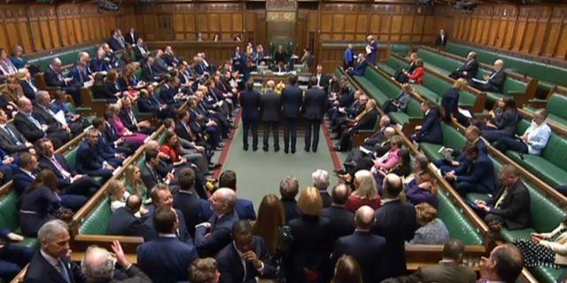 Omröstningen i brittiska underhuset. HO / PRU
