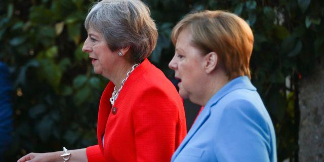 Arkivbild: Theresa May (till vänster) och Angela Merkel Lisi Niesner / TT NYHETSBYRÅN