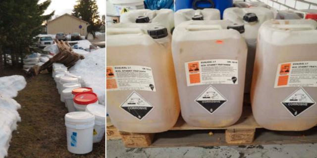 Kemikalier som beslagtogs i samband med gripandet. TT/Polisen