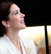 Kronprinsessan Mary besöker juvelbutiken Ole Lynggaard Copenhagen i Stockholm. Maja Suslin/TT / TT NYHETSBYRÅN