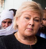 Erna Solberg besöker moskén i Bærum igår. NTB SCANPIX / TT NYHETSBYRÅN