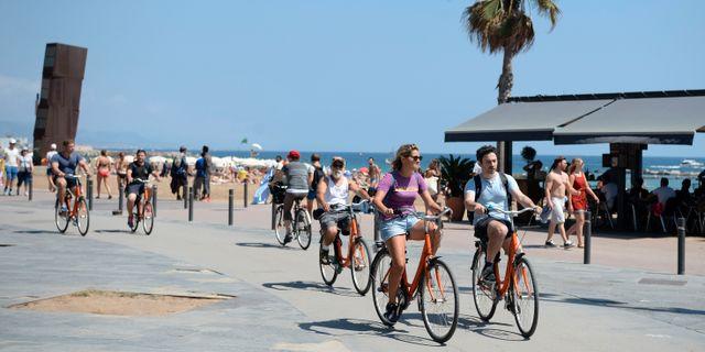 Turister i Barcelona, fyra dagar efter attacken. JOSEP LAGO / AFP
