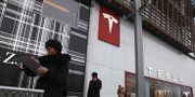 Teslabutik i Peking. Ng Han Guan / TT NYHETSBYRÅN
