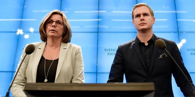 Lövin och Fridolin Stina Stjernkvist/TT / TT NYHETSBYRÅN