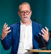 Daniel Helldén och språkrören. TT