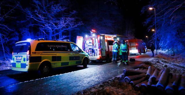 Olycksplatsen i Sollentuna där två bussar igår kolliderade.  Christine Olsson/TT / TT NYHETSBYRÅN