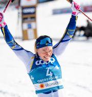 Jonna Sundling jublar. JOHANNA LUNDBERG / BILDBYRÅN