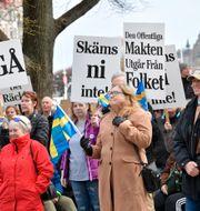 Folkets demonstration vid Raoul Wallenbergs Torg i Stockholm i april. Jonas Ekströmer/TT / TT NYHETSBYRÅN
