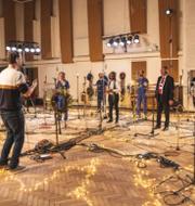 Justin BIeber/NHS spelar in låten på Abbey Road i London TT/Press